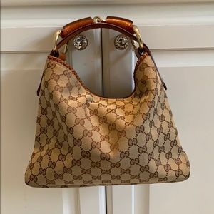 ‼️ 24 HOUR PRICE DROP‼️Gucci Small Hobo Bag (EUC)